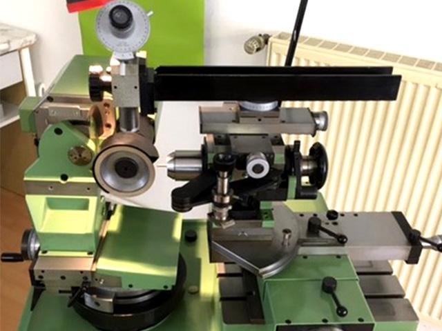 haller werkzeugschleiftechnik Gebrauchtgerät Christen AU-100